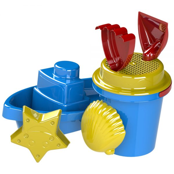 Детска пластмасова лодка и кофичка - играчки за плаж и морето